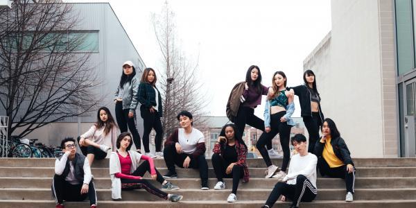 Pl4Y's Music Video Team